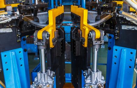 Jigs work welding in the automotive industry.