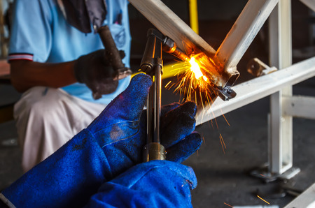 acetylene: metal cutting with acetylene torch