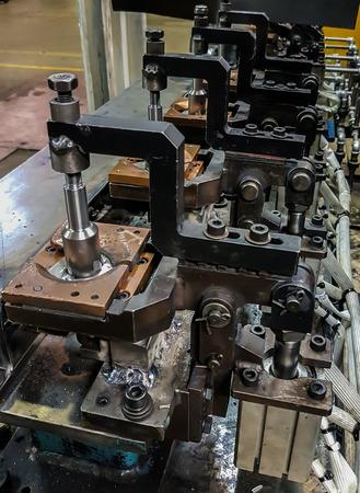 nip: Jigs work welding in the automotive industry