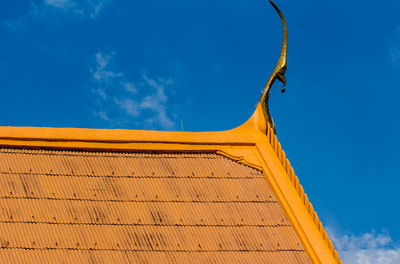 Detail of a traditional buddhist temple roof in thailand Stock fotó