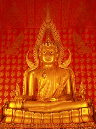This is a perfect golden Buddha of Thailand Stock Photo - 7019979