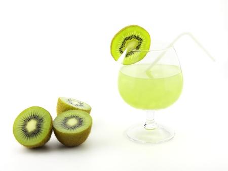 fresh kiwi juice Stock Photo - 10577530