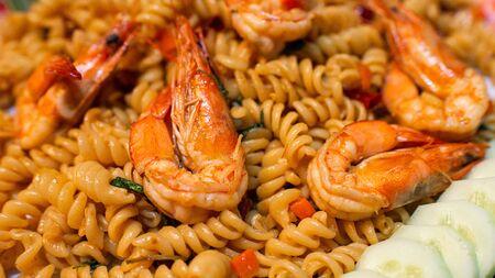 Würzige betrunkene Spaghetti, thailändisches Essen