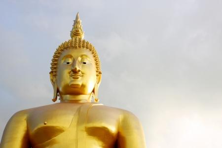 praye: buddha statue in Thailand