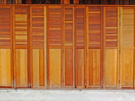 vintage wood door Stock Photo - 18235974