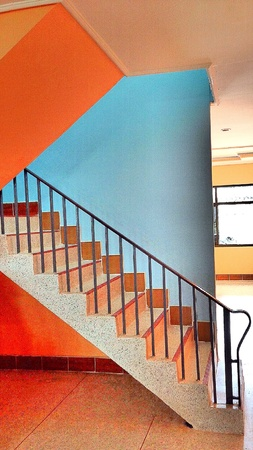 color: Stairs color.