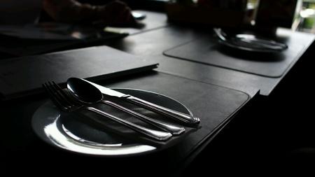 dark: Plate Spoon Knife in the Dark