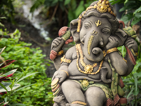 Ganesh Statue God of Immortality , Standing in The Garden Foto de archivo