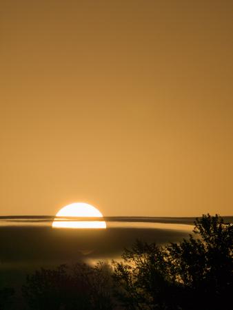 The Sunrise Powerfully Produce a Sunny Golden Color