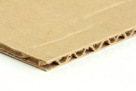 흰색 배경에 골 판지 종이 매크로 스톡 콘텐츠