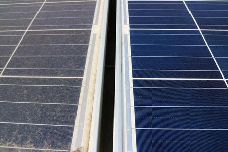 오염 된 패널 대 깨끗한 태양 패널