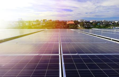 Rooftop solare fotovoltaico Beautiful Sunlight Archivio Fotografico - 86165522