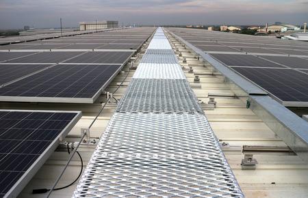 산책로 태양 PV 옥상 시스템을 격자