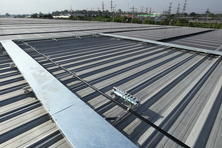 Solar PV Rooftop with Facilities 에디토리얼