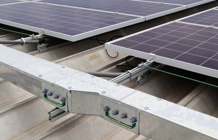 Electrical Wireway Reducer of Solar Rooftop System with Ground Bonding