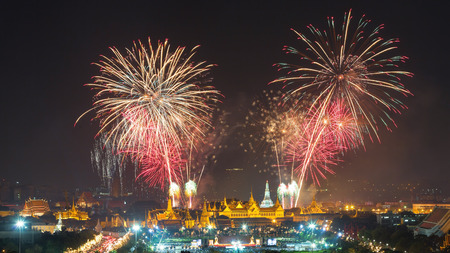 count down: Firework show at Wat arun in 2016 count down in  Bangkok , Thailand with grand palace in the foreground. Editorial