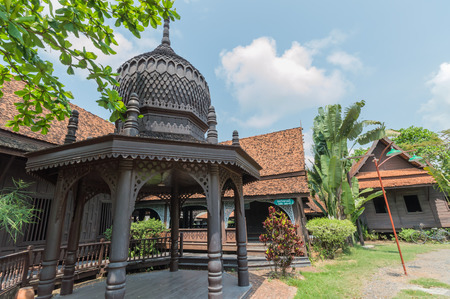 Mosque is a religious place of Muslims in the mosque is an Arabic word meaning place of worship in the Muslim community to build a mosque is a place to practice religious rites. Replicated in the ancient city Samut Prakan, Thailand