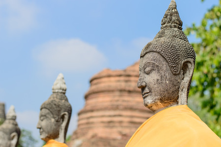 quietude: Buddha statue.Wat Phra Kaew located to the southeast of the islands capital. Current district Klongsuanplu Ayutthaya, Thailand
