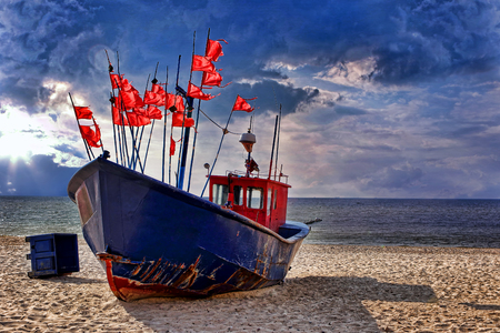 Fishing boat on the beach Banque d'images