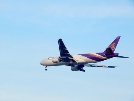 airways: Airplane Spotting  Thai Airways