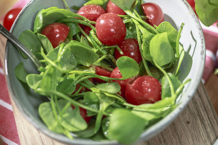 Miners lettuce with Cherry tomatoes and Oranges balsamico