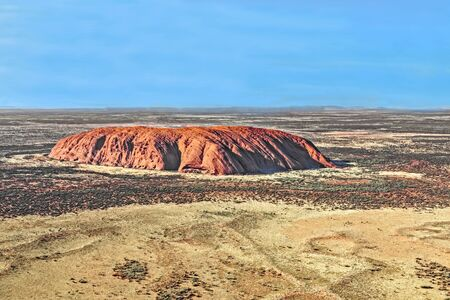 Uluru at Uluru Kata Tjuta National Park in the Northern Territory of Australia Standard-Bild - 127444218