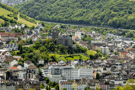 View of Bingen on the Rhine with Klopp Castle in the UNESCO World Heritage Upper Middle Rhine Valley Редакционное