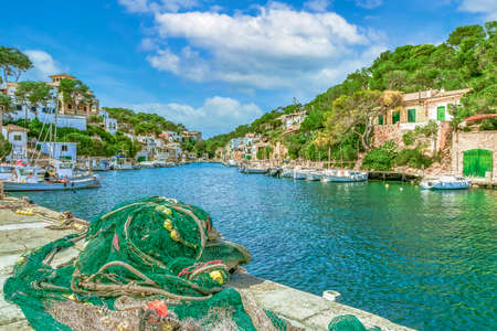 Cala Figuera is a small town and bay in the south-east of the Spanish Balearic island of Mallorca. Banque d'images