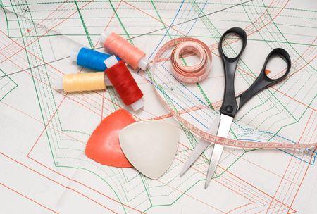 notions: nociones, nesessary de cosas para coser en casa Foto de archivo