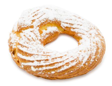 cream puff: fresh ring cake - cream puff made of choux pastry