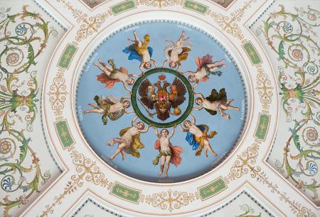 Juni 2011: Ein Deckenmalerei Stellt Engel Der Russischen Städte Halten Eine  Girlande Um Einen Doppelköpfigen Adler, Das Emblem Des Russischen Reiches.