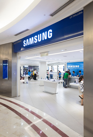 samsung: KUALA LUMPUR - SEPTEMBER 13, 2016: Samsung store in the Suria KLCC. Samsung Electronics Co., Ltd. is the worlds second largest information technology company by revenue, after Apple.