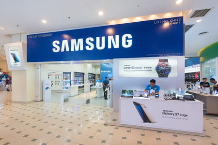 yat: KUALA LUMPUR - MARCH 13, 2017: The Samsung store in Plaza Low Yat. Samsung Electronics Co., Ltd. is the worlds second largest information technology company by revenue, after Apple.