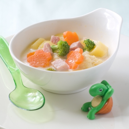A bowl of soup for baby. Shot for a story on homemade, organic, healthy baby foods.  Stockfoto
