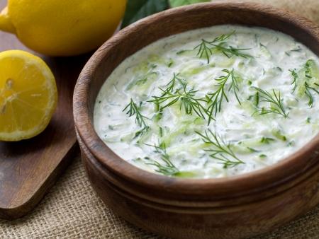 Traditional Tzatziki dip, made with yogurt or sour cream. Selective focus Stockfoto
