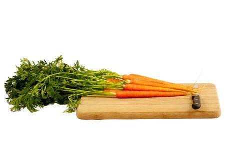 carottes avec couteau sur une planche � d�couper en bois  Banque d'images
