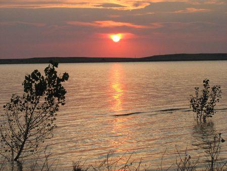 horrizon: SUNRISE OVER LAKE! Stock Photo