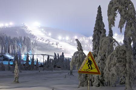 shined: shined mountain-skiing line