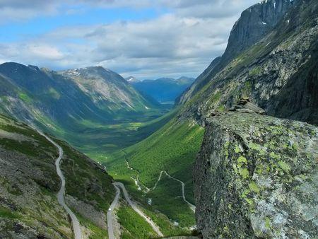 vale: Piękna dolina, Troll Droga, Norwegia