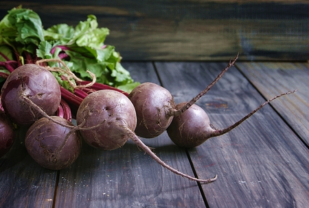 tabel: bunch of beet on the wooden tabel