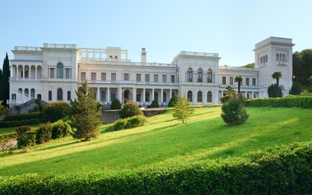 crimea: Livadia Palace (summer retreat of the last Russian tsar, Nicholas II, and his family) in Livadiya settlement ( Yalta region, Crimea, Ukraine).  Built in 1911 by architect N.P. Krasnov.