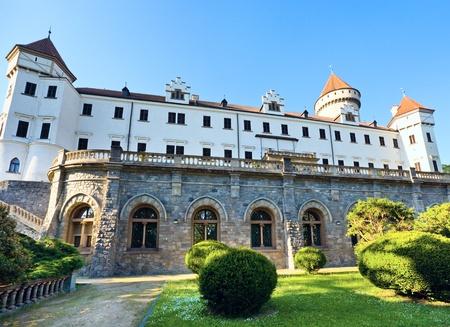 Historische middeleeuwse Konopiste Kasteel in Tsjechië (centraal Bohemen, in de buurt van Praag) Stockfoto
