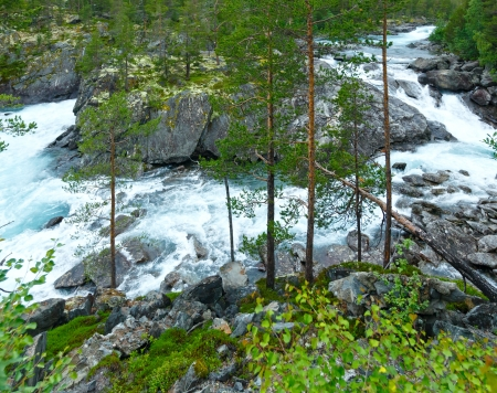 norge: Summer mountain river waterfalls view (Ottafossen, Norge). Stock Photo