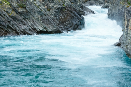 norge: Summer mountain river waterfalls view (Ottafossen, Norge ) Stock Photo