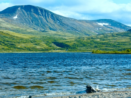 Small mountain lake (not far from Dombas, Norge)