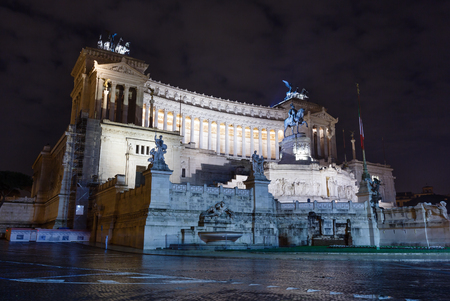 altar of fatherland: ROME, ITALY -  JANUARY 07, 2015: Altar of Fatherland (known as National Monument to Victor Emmanuel II) night view. Rome, Italy. Build in 1885-1925. Editorial