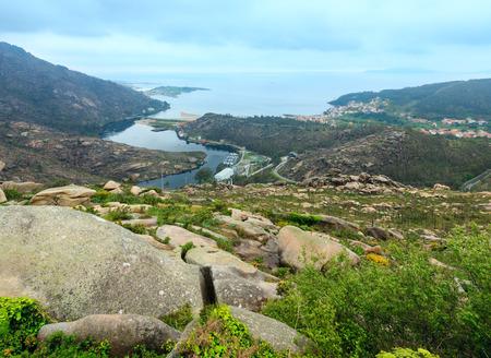 Mouth of Xallas river. Atlantic coasline view from Ezaro waterfall (Dumbria, Galicia,  Spain). Stock Photo