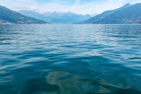 Lake Como (Italy) summer coast hazy view from ship board. 版權商用圖片