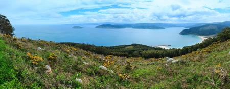 Atlantic Ocean landscape and Estaca de Bares peninsula coast. Summer overcast view. Province of A Coruna, Galicia, Spain. 版權商用圖片