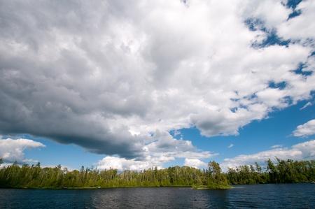 Les stratus sur le lac Horseshoe dans les eaux limitrophes Banque d'images - 12106593